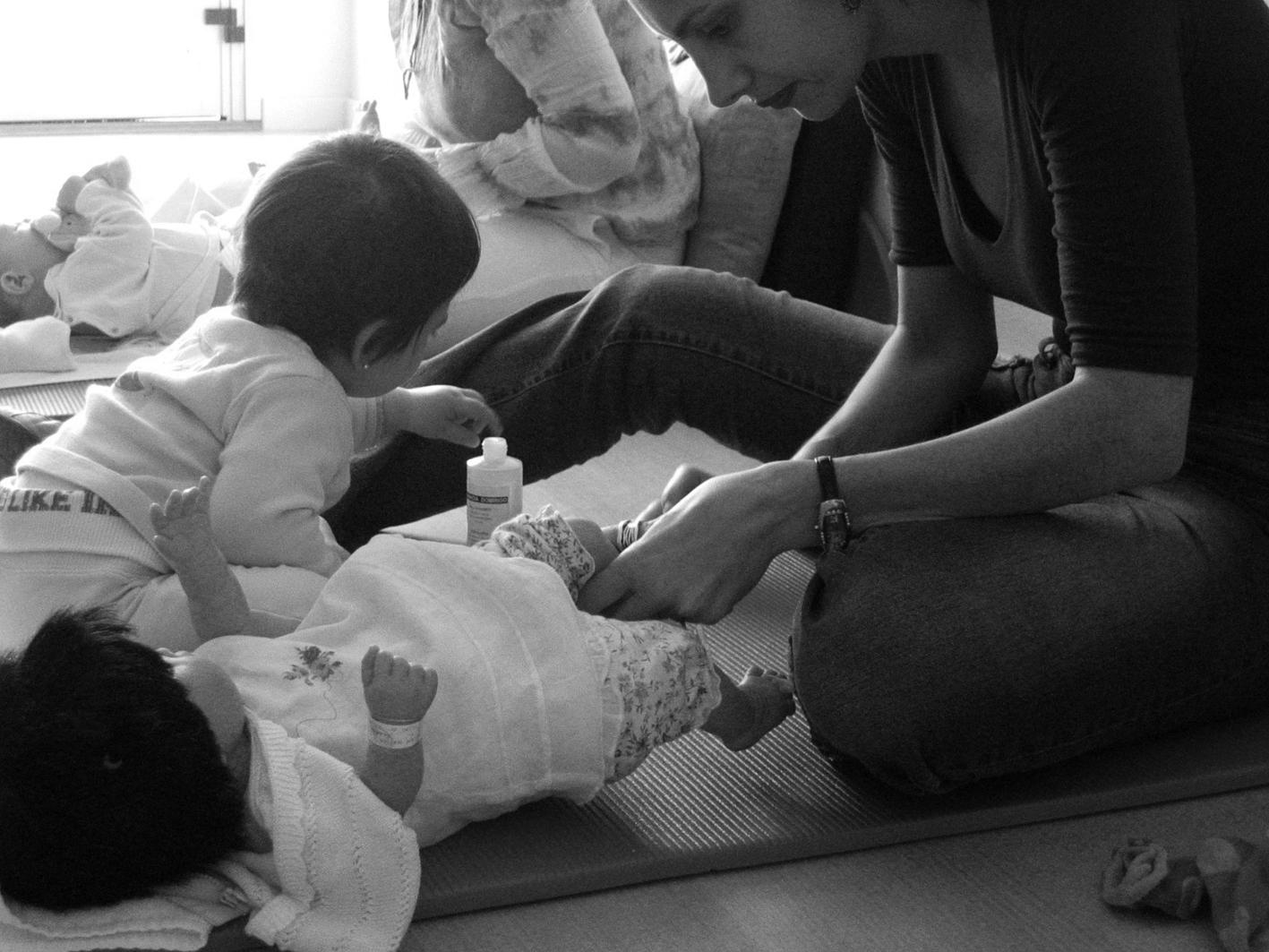 WEB MASAJE INFANTIL SHANTALA (10)