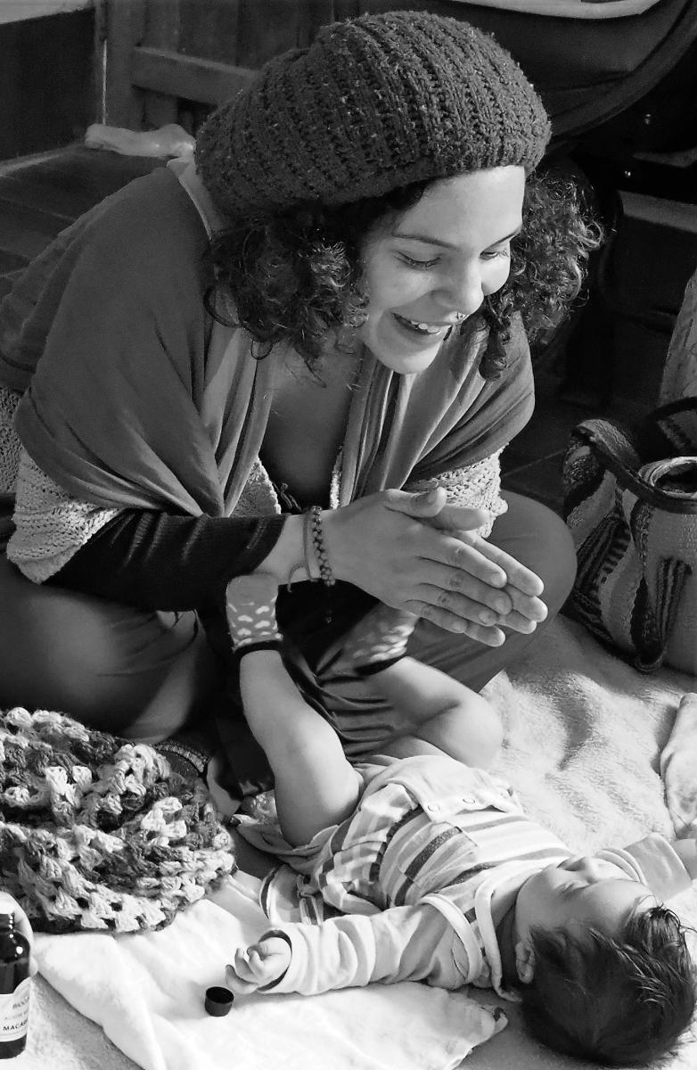 WEB MASAJE INFANTIL SHANTALA (6)